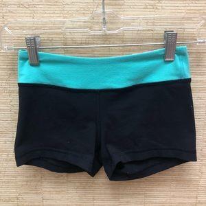 Ivivva girls size 10 reversible shorts